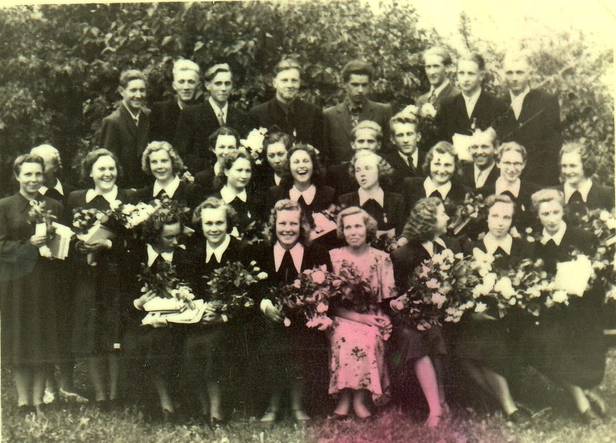 1954.gada 30.izlaidums audzinātāja Tamāra Jeremejeva