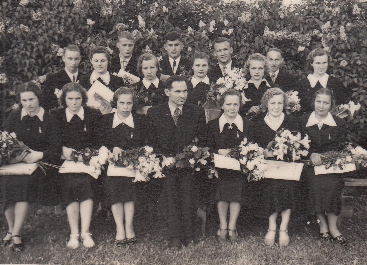 1955.gada 31.izlaidums audzinātājs Artūrs Grīvnieks