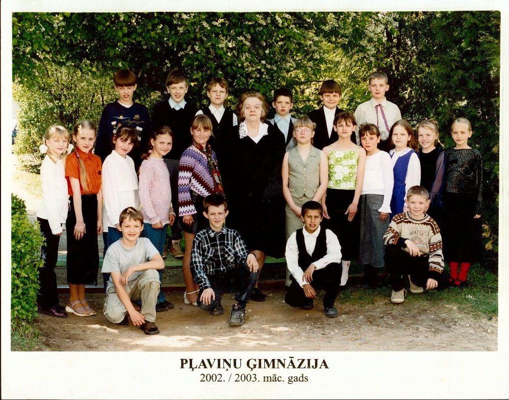Mirdza Eglīte ar klasi 2002.-2003.m.g.